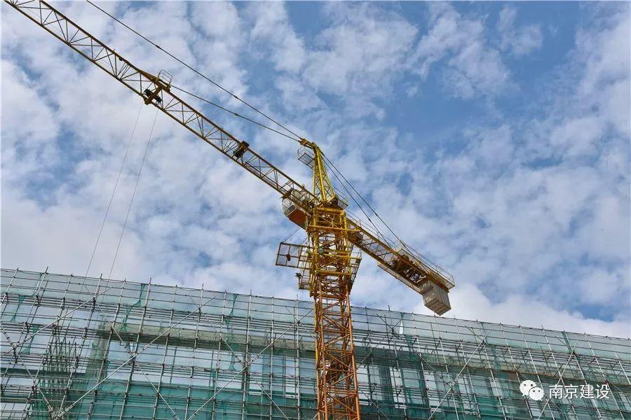 南京市建筑施工塔式起重机司机技能竞赛-南京九建勇夺第一!